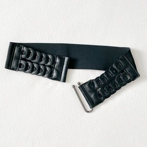 Stretch Faux Leather Belt